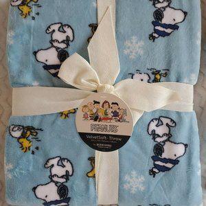 NWT Berkshire Blanket Peanuts Snowy Snoopy Throw